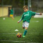 サッカー男子とO脚